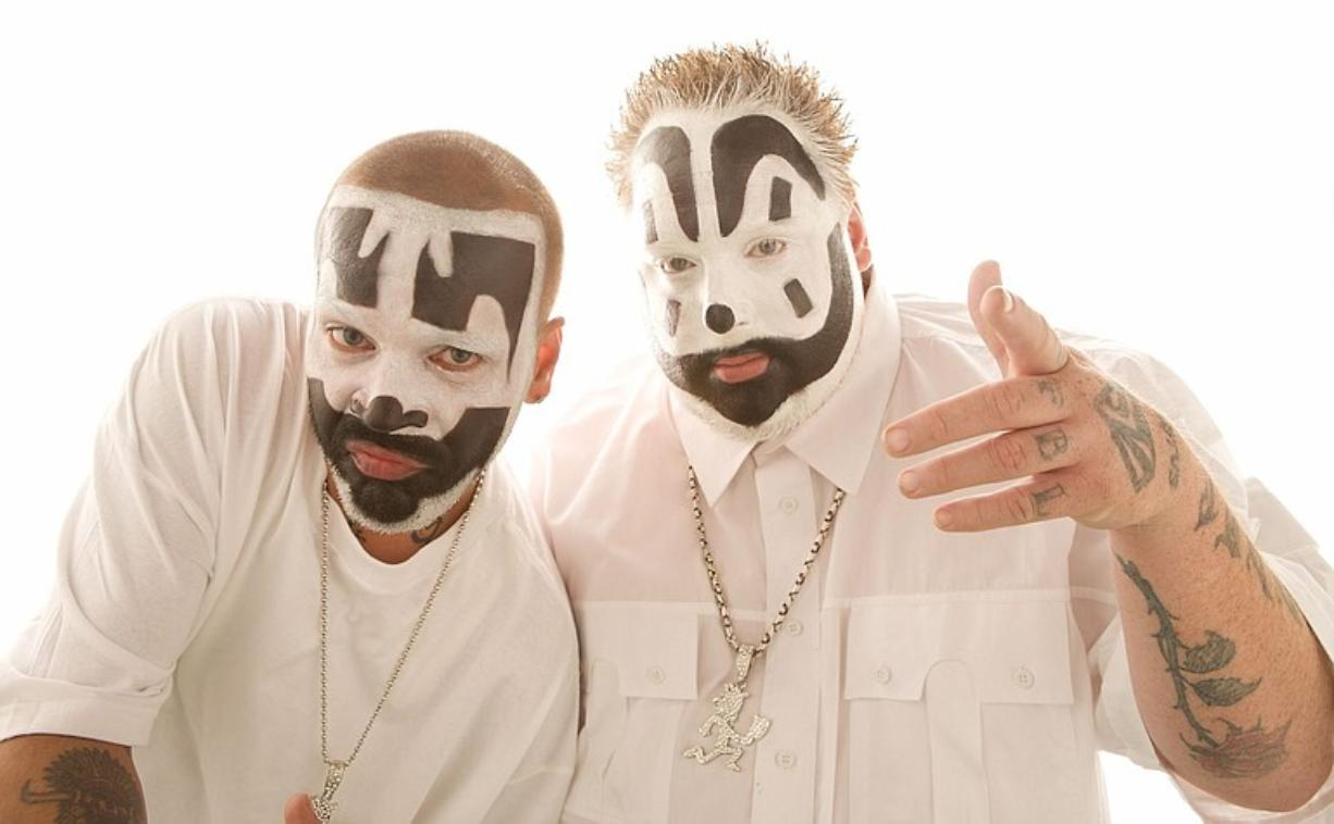 Insane Clown Posse -- Shaggy 2 Dope and Violent J -- has brought back one of the recurring themes of its previous albums -- the Dark Carnival.