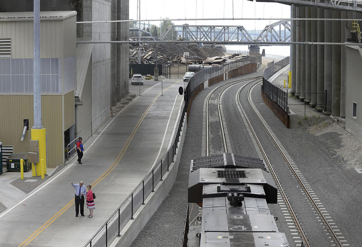The Port of Vancouver on Thursday morning celebrated the completion of a new $30 million rail entrance project.