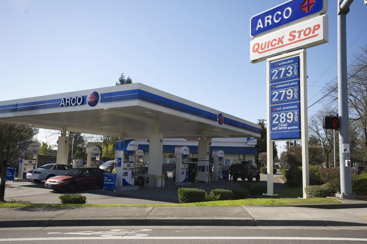 Arco Gas Prices >> Gas Prices Jump In Vancouver Across State Columbian Com