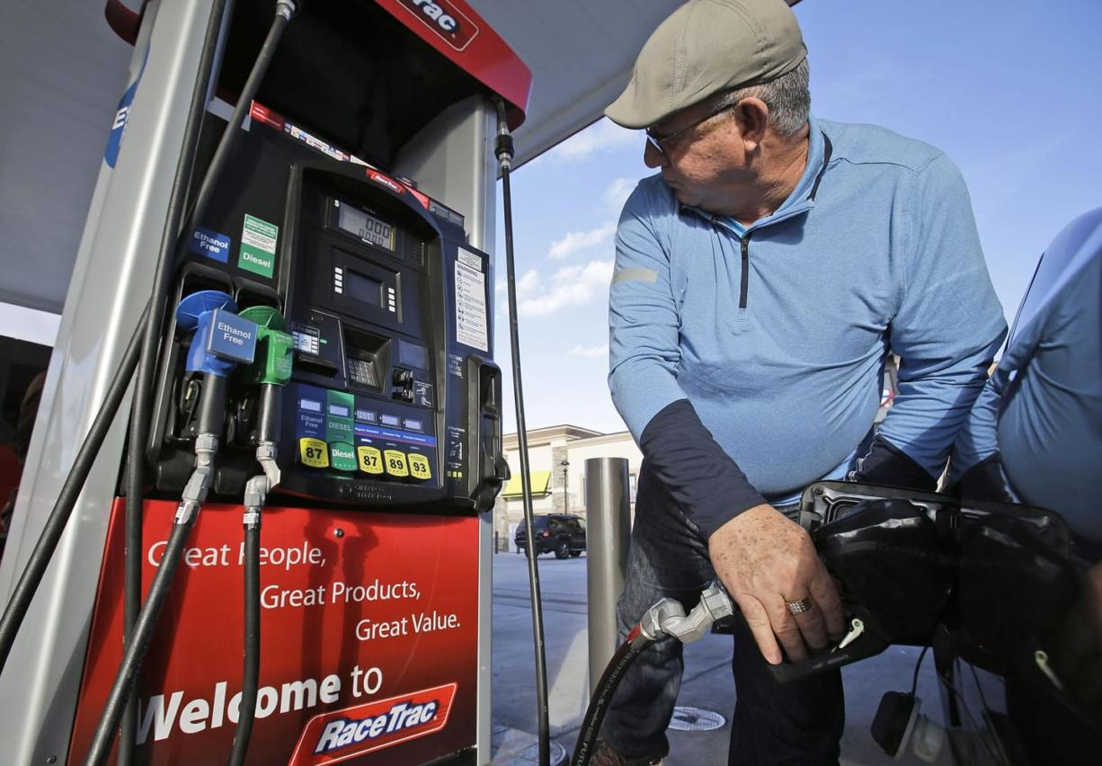 Miami Gas Prices >> Like Low Gas Prices So Does The Station Owner Columbian Com