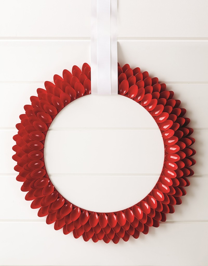 New spin on holiday wreaths | The Columbian