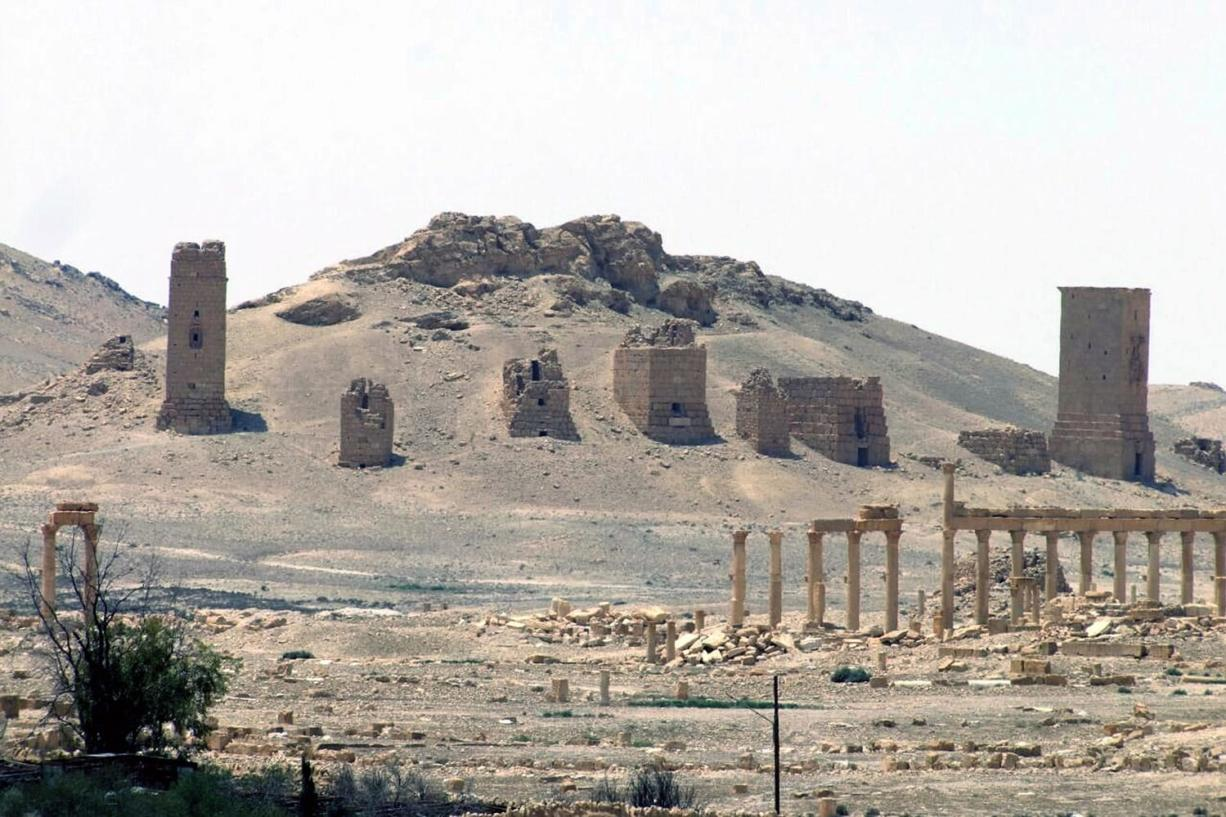 IS beheads leading Syrian antiquities scholar in Palmyra