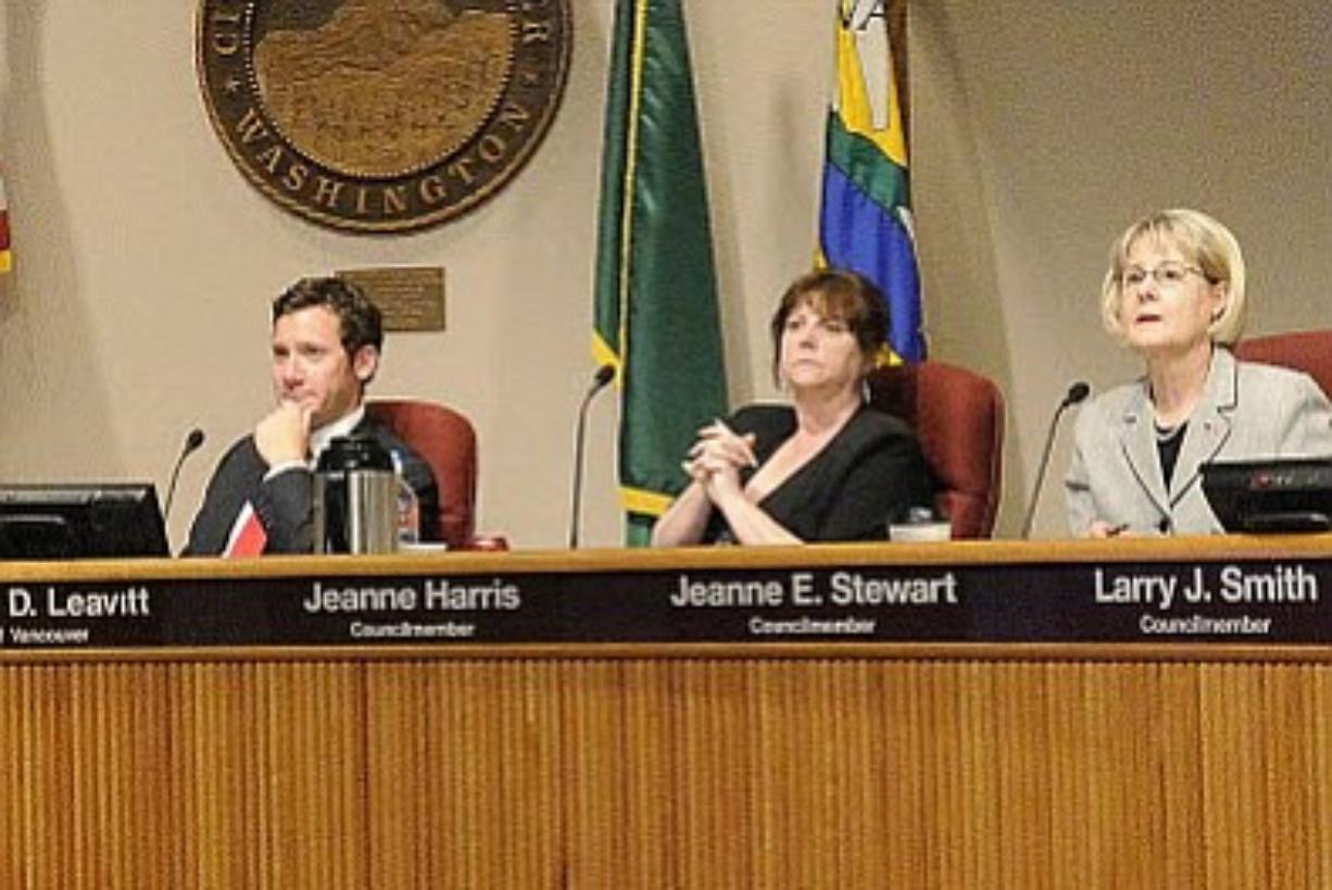 Vancouver Mayor Tim Leavitt, Councilwoman Jeanne Harris and Councilwoman Jeanne Stewart participate in a city council meeting earlier this year.