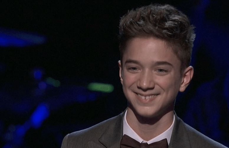 Daniel Seavey Is One Of 8 Guys Left On American Idol Columbian Com