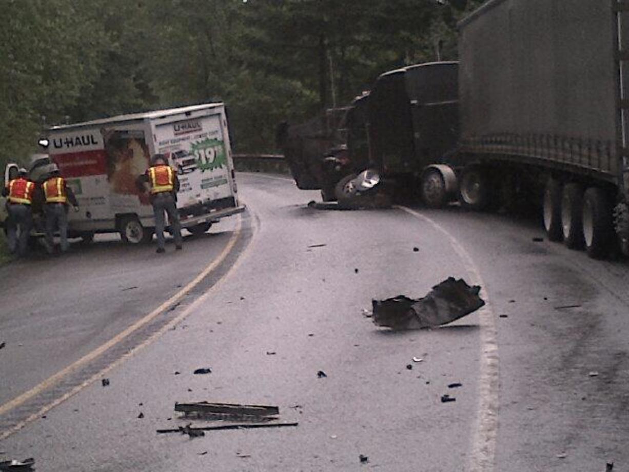Winlock man dies in fatal SR 14 crash - Columbian com