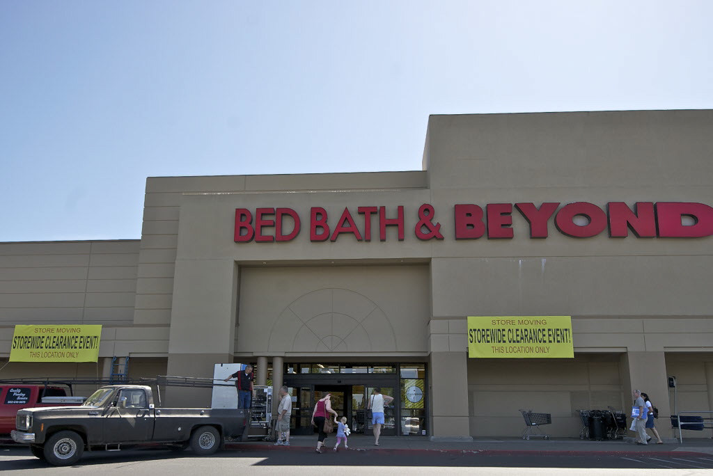 11104dd96c0 Burlington Coat Factory is moving into a newly-energized Vancouver Plaza.  Bed Bath  amp