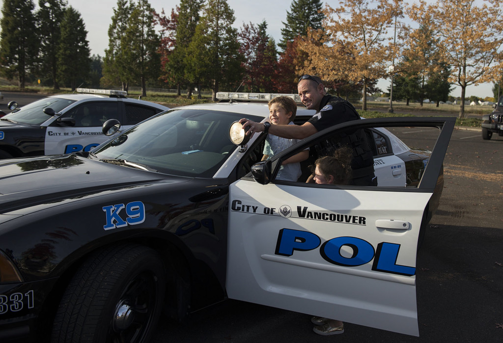Boy Provides Gift For Vancouver K 9s He Spends His 6th Birthday Presenting Cash Hed Received To Police Departments Canine Program