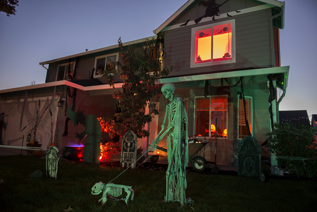Scaring Up New Neighbors With Halloween Decor The Columbian