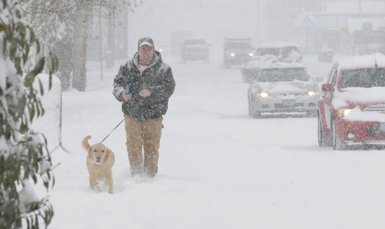 Oregon, S W  Washington head for Round 2 of snowfall