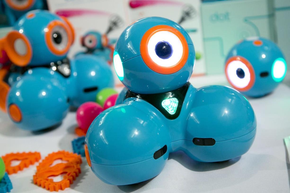 Dash, a robot from Wonder Workshop.