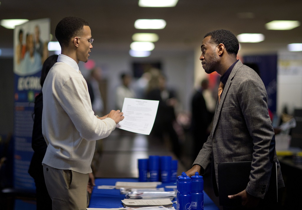 U S  jobs report brings disappointing economic news | The