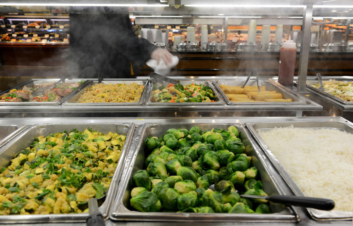 Grocery stores' hot bars heating up - Columbian com