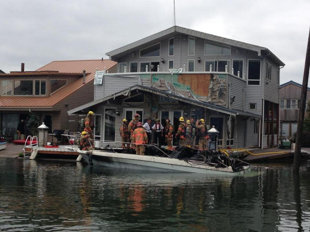 A 30-foot yacht caught fire at a floating home community on Hayden Island, east of the Jantzen Beach shopping area.