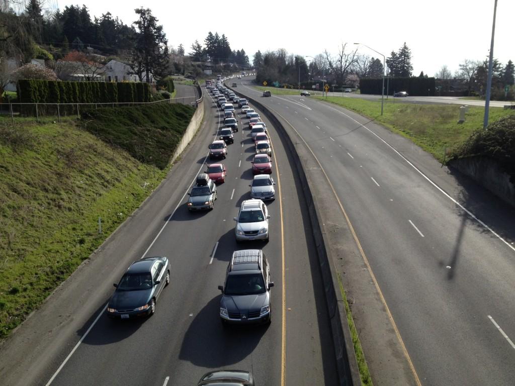 UPDATE: Trucker arrested, lanes reopened after I-205 crash (with