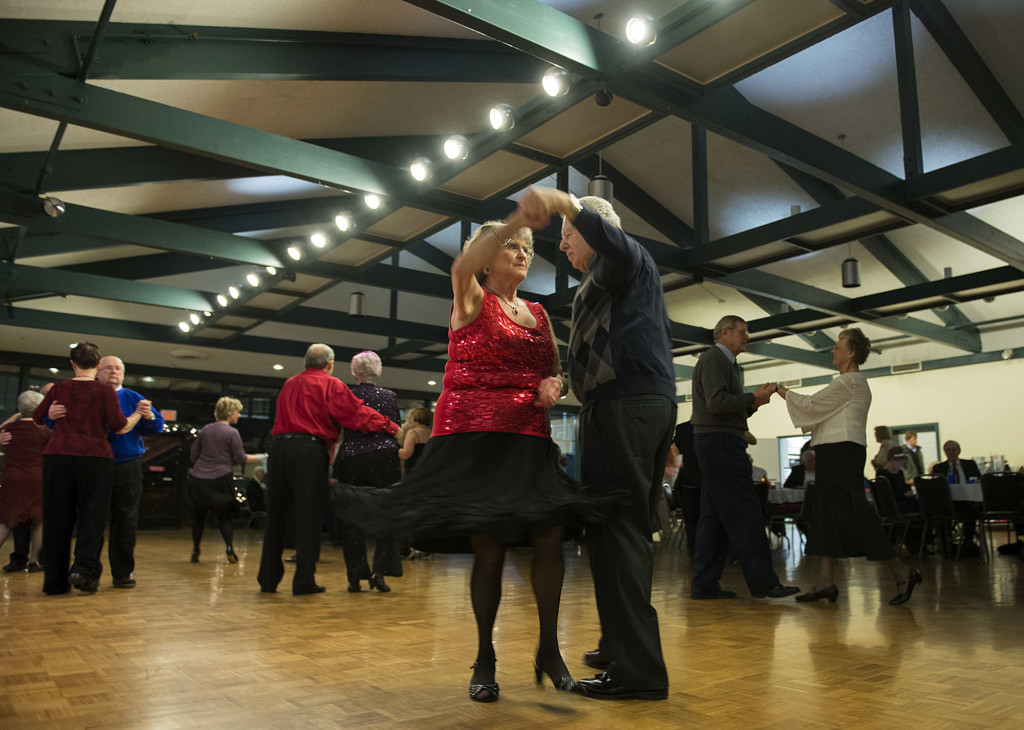 Seniors in step at New Year's Eve dance party | The Columbian