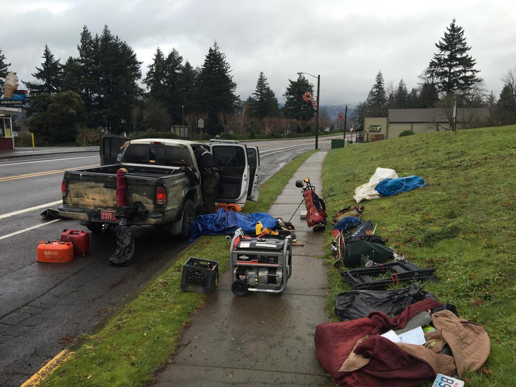 2 arrested in high-risk traffic stop in Oregon