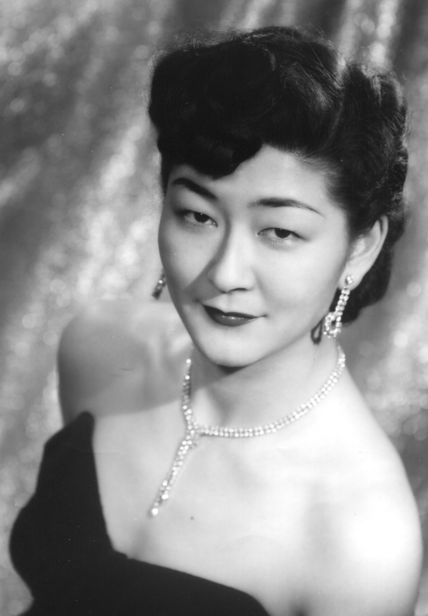 After World War II ended, Chickie moved to the Los Angeles area and began performing with Tets Bessho's big band and later with the Jim Araki quartet. She was 25 years old in this photo.