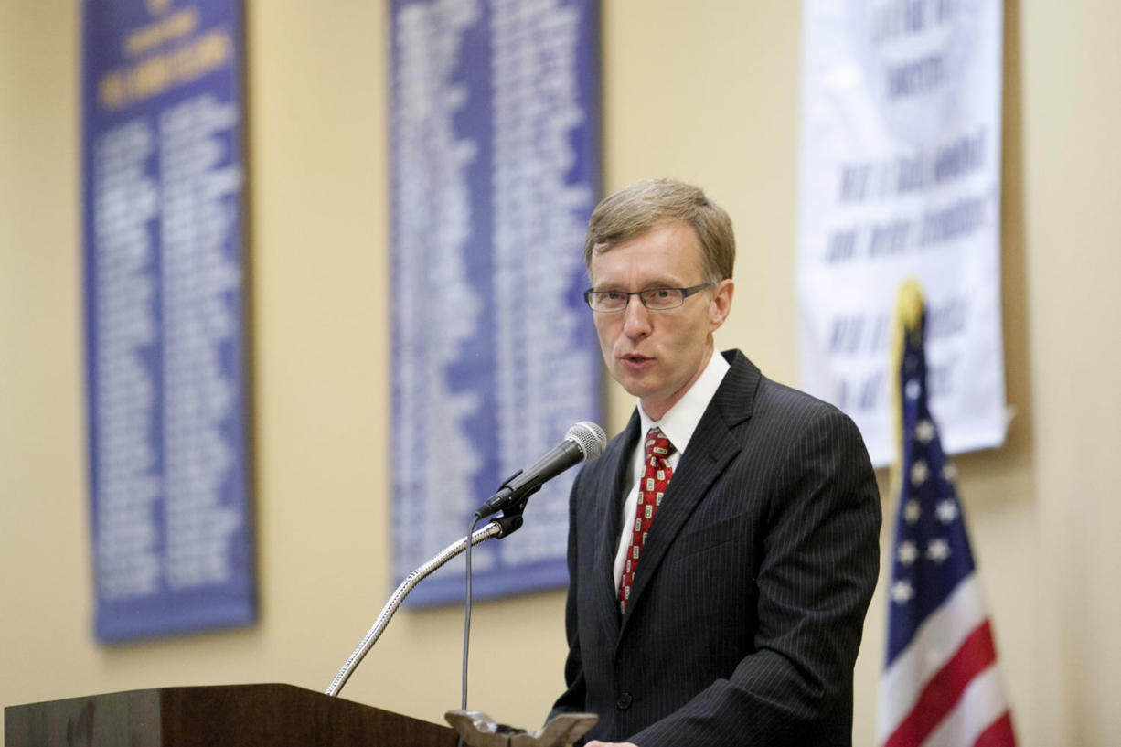 State Attorney General and Republican gubernatorial candidate Rob McKenna speaks Wednesday to the Rotary Club of Vancouver at the Red Lion Hotel Vancouver at the Quay. McKenna is running against former Rep.