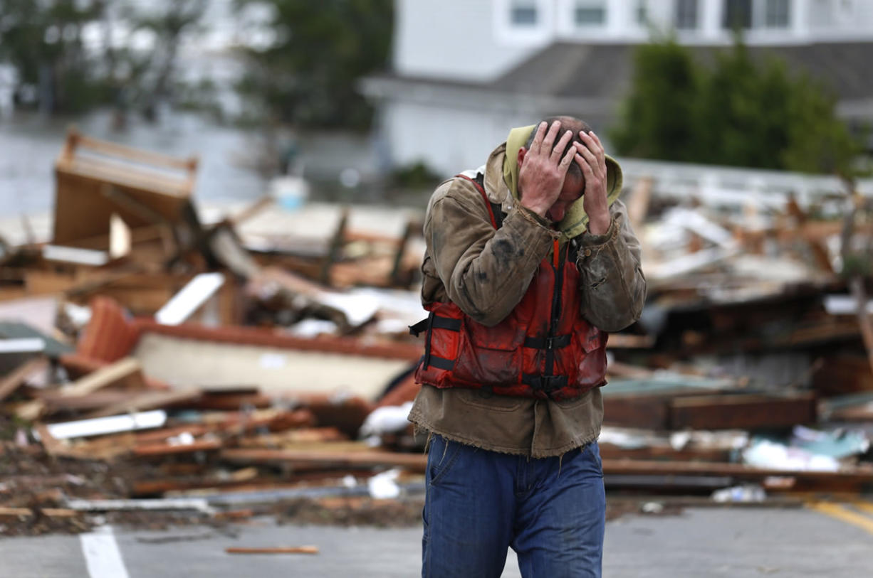 Disarray Millions Without Power In Sandy S Wake Columbian Com