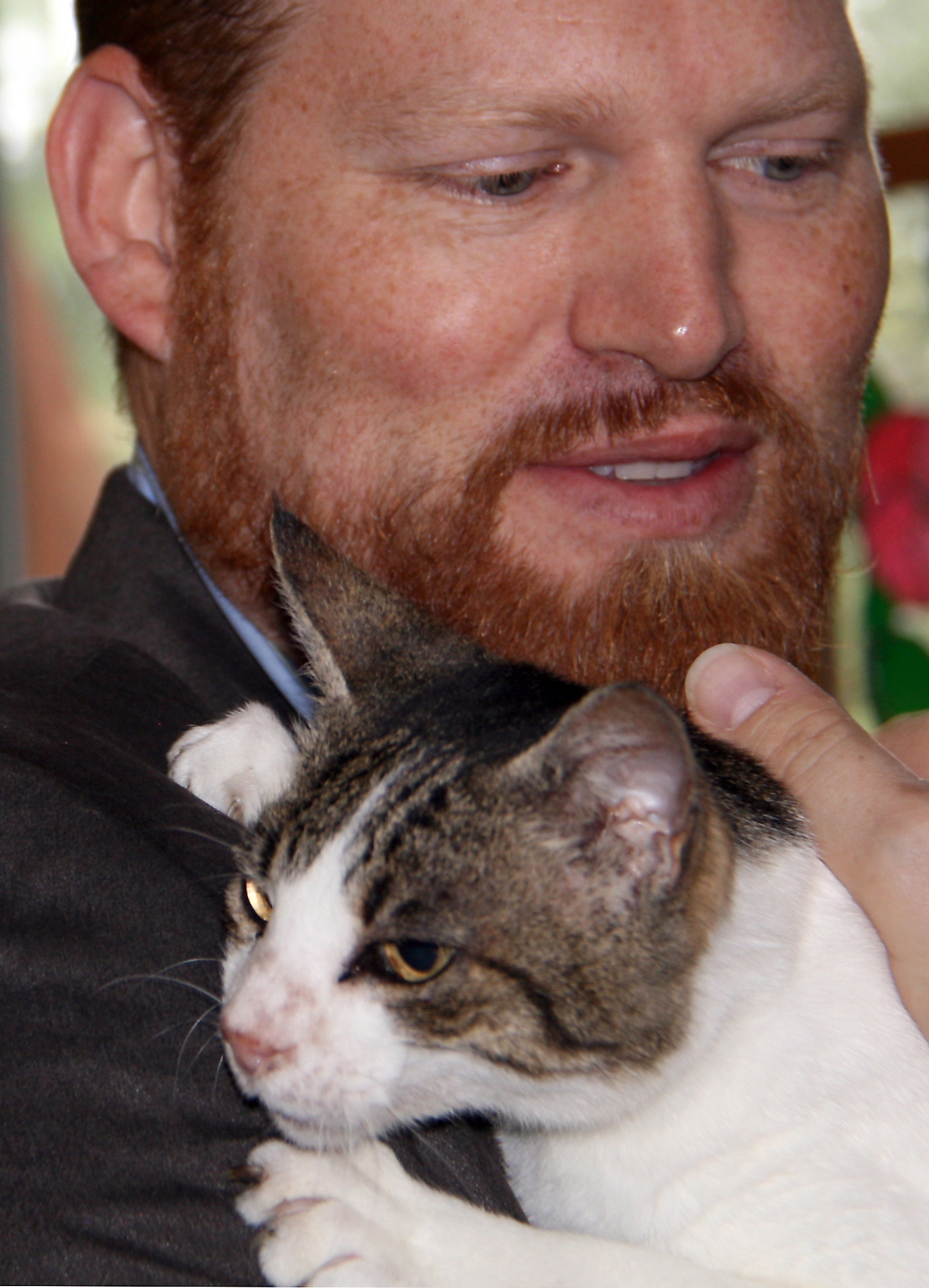 James Raasch and his longtime companion, Odie, are reunited after the cat had been missing for a year.