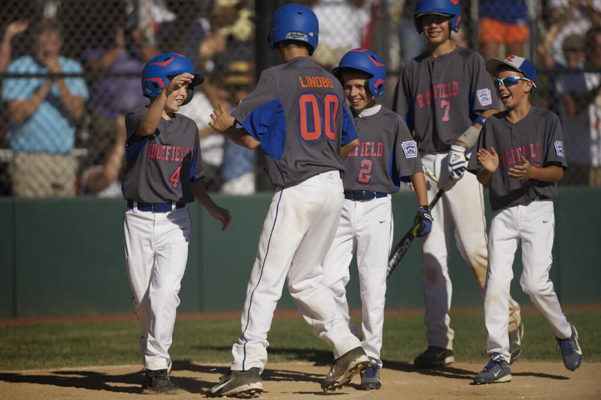 Youth ball: Ridgefield Little League stays alive at state