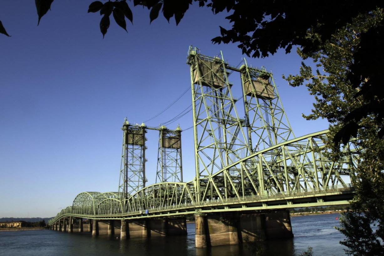 A group of Columbia River Crossing supporters formally made their plea to revive the controversial Interstate 5 Bridge replacement on Wednesday, sending a letter to the Washington and Oregon governors.