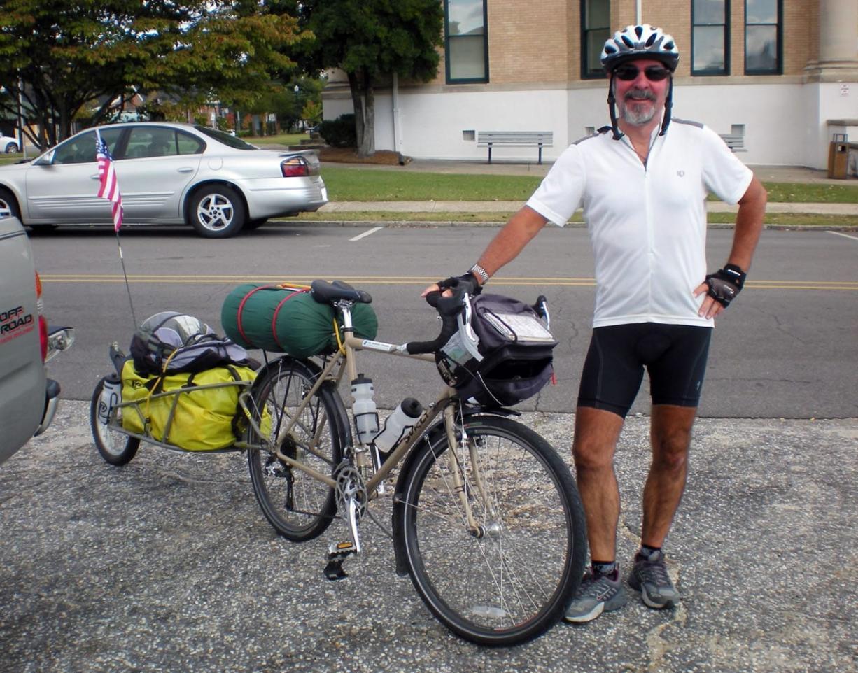 DAVID JONEs David Jones, shown here in October 2010, toward the end his cross-country bike trip. His 2012 ride, benefitting Share, will be far longer.
