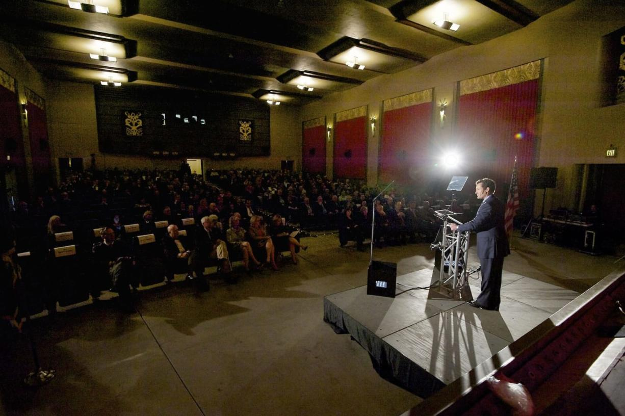 Vancouver Mayor Tim Leavitt delivers the annual State of the City address at Kiggins Theatre Friday.