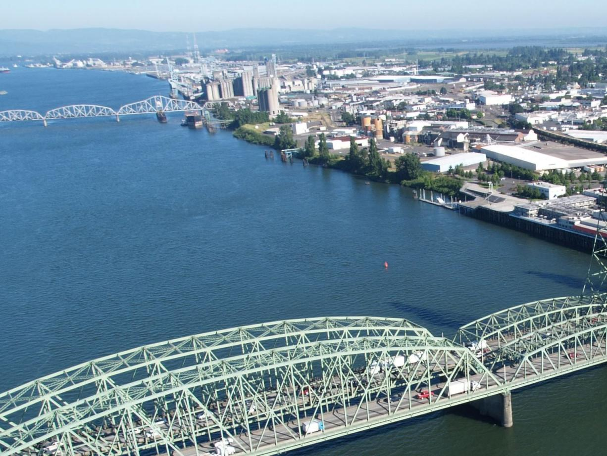 The Interstate 5 Bridge as it is today. The federal government and Washington and Oregon are struggling to determine how to pay for a replacement span.