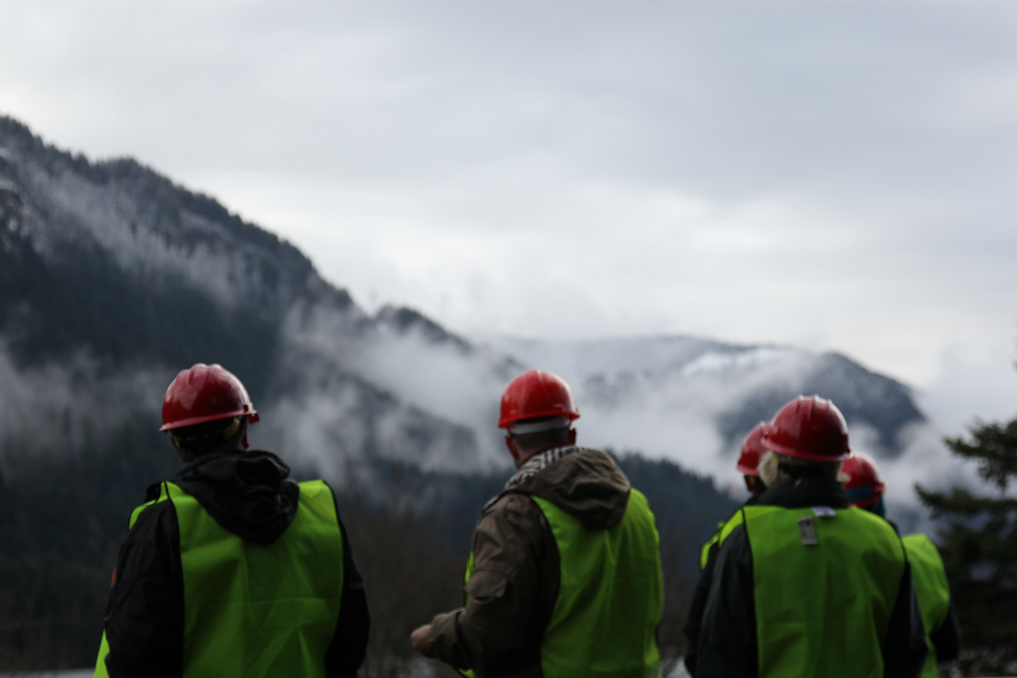 Employees of a GE locomotive plant in Erie, Pa., visit the Columbia River Gorge to film advertising.