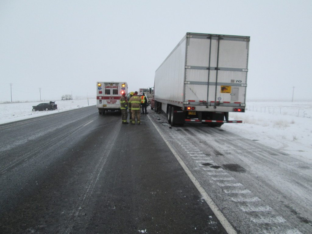 Vancouver truck driver dies on I-84 in Oregon | The Columbian