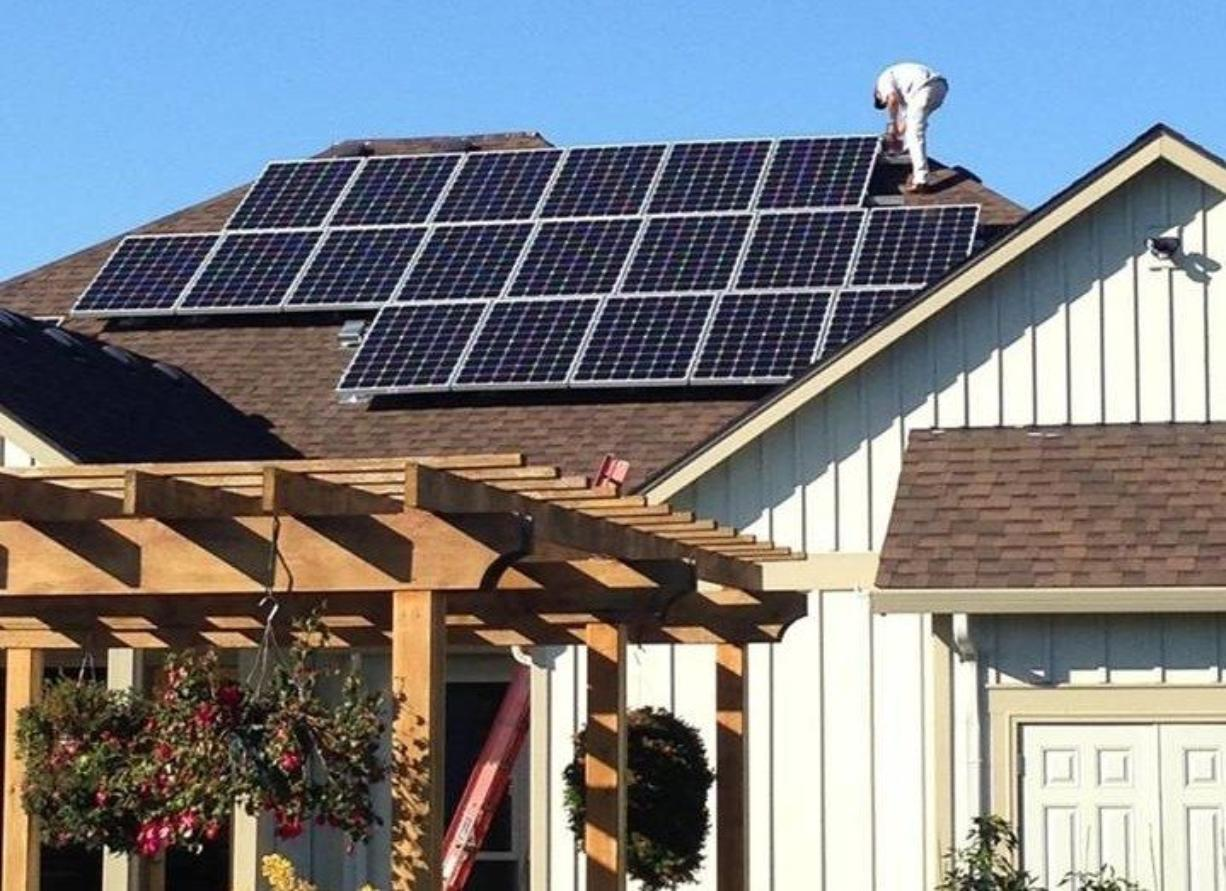 GreenLight Solar of Vancouver installs the solar panels on this Washington home.