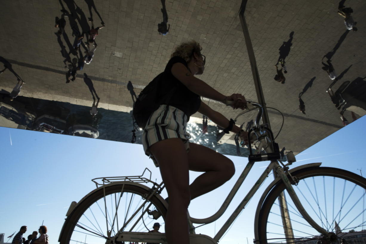 A state appeals court has ruled cities must make roads safe for bicyclists.