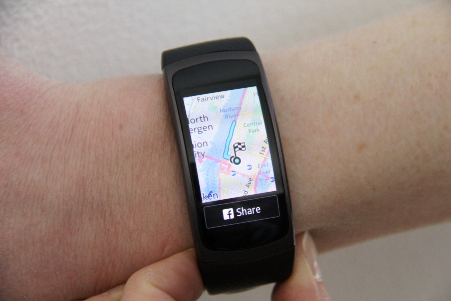 Samsung device challenges Fitbit - Columbian com