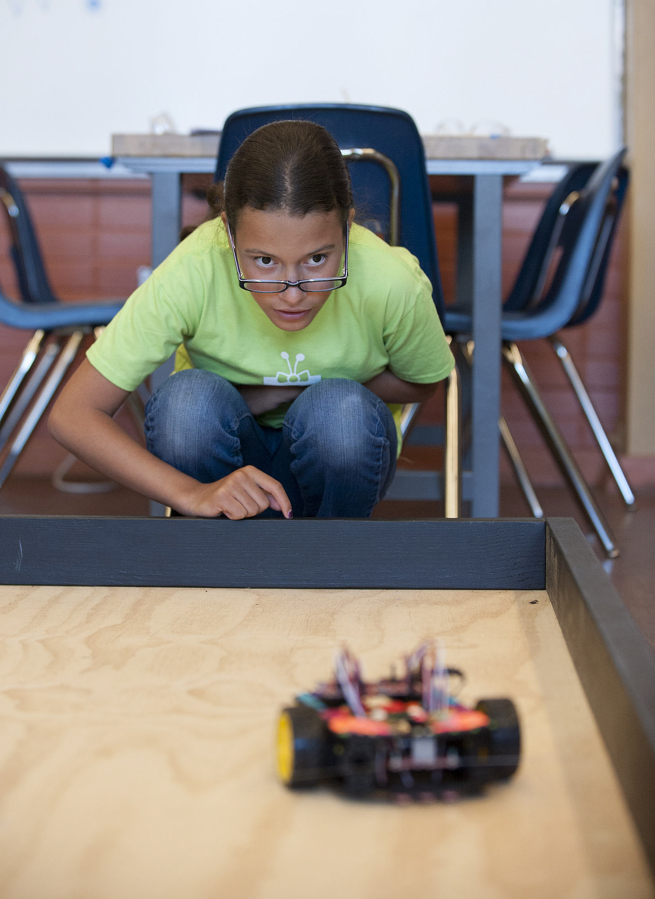 Middle School Girls Build, Program Robots At Camp  The Columbian-6885