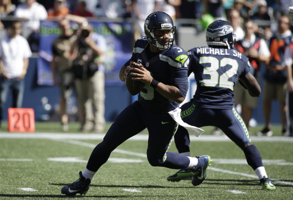 134eef263 Seahawks rally for 12-10 win over Dolphins