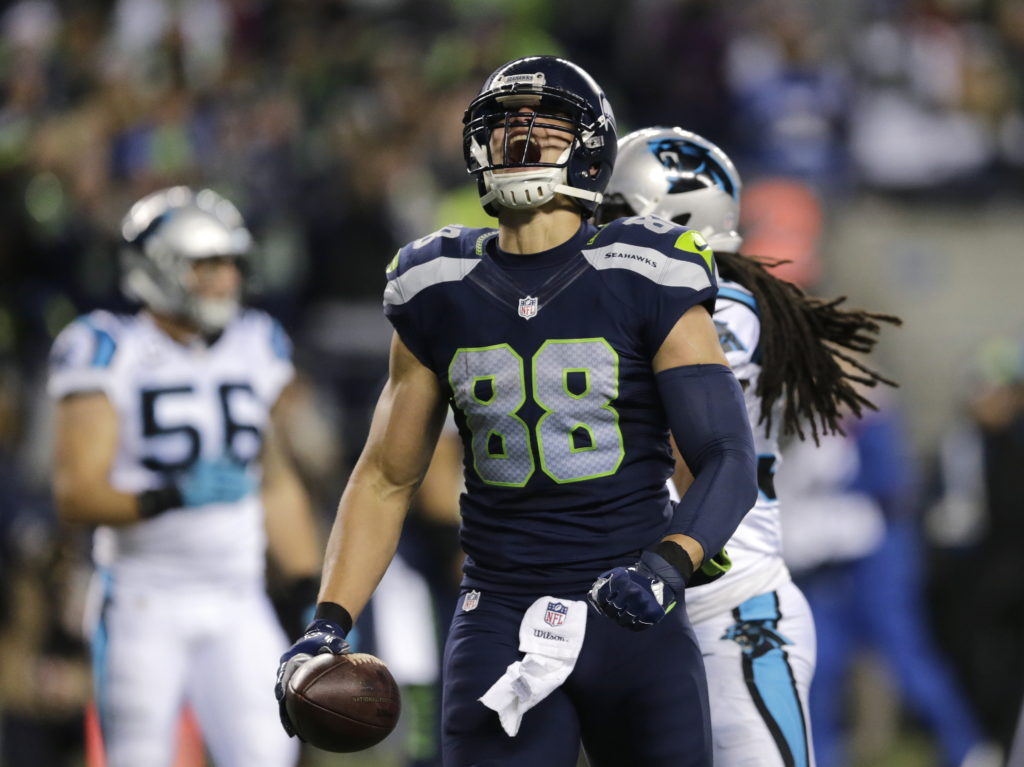 8bf54982021 Seattle Seahawks  Jimmy Graham lets out a yell after a pass reception  against the Carolina