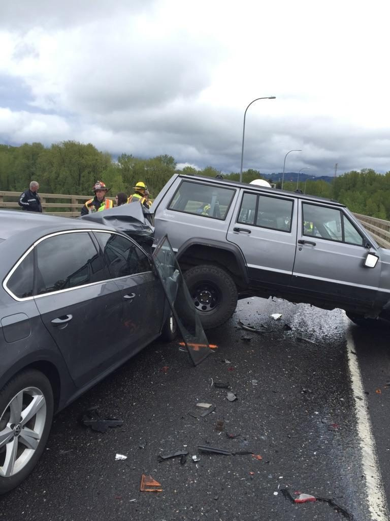Infant, child injured in 5-car crash on Highway 14 near Camas | The ...