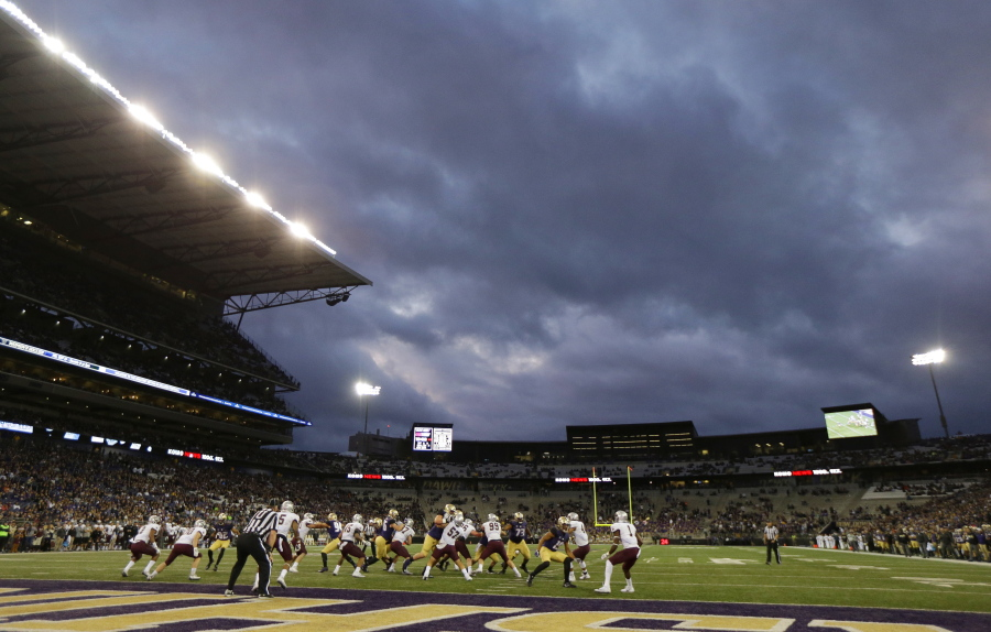 Pac-12 Conference test appears to be shortening football games | The
