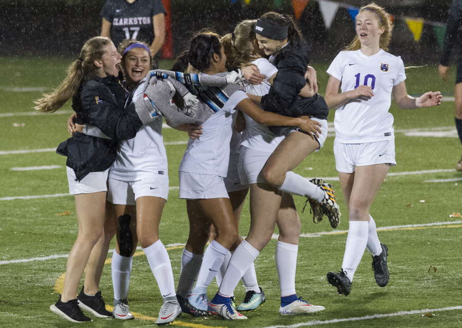 River Girls Soccer Scrapes Out 2-1 Playoff Victory  The Columbian-6457