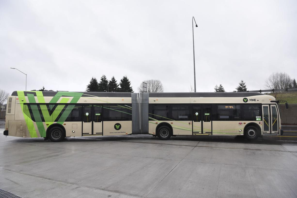 One of The Vine buses leaves Vancouver Mall in January 2017. C-Tran replaced two 40-foot buses on Route 164 with two new 60-foot articulated buses like those that currently operate on The Vine in the Fourth Plain corridor.