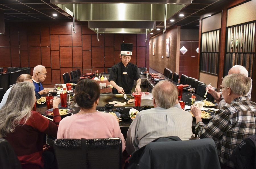 A Chef At Kyoto Sushi Steakhouse Cooks For Guests Ariane Kunze The Columbian