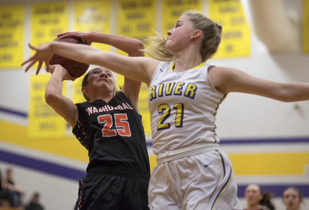 Washougal Girls Beat Columbia River, Scratch Out League Title  The Columbian-9738