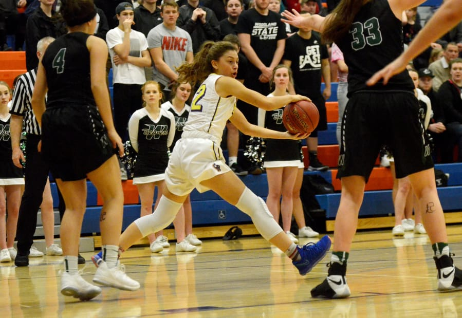 2A District Girls Basketball Woodland Rallies Past Columbia River  The Columbian-1141