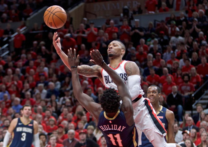 Pelicans_trail_blazers_basketball_97849.jpg-a3a80-670x0-c-default