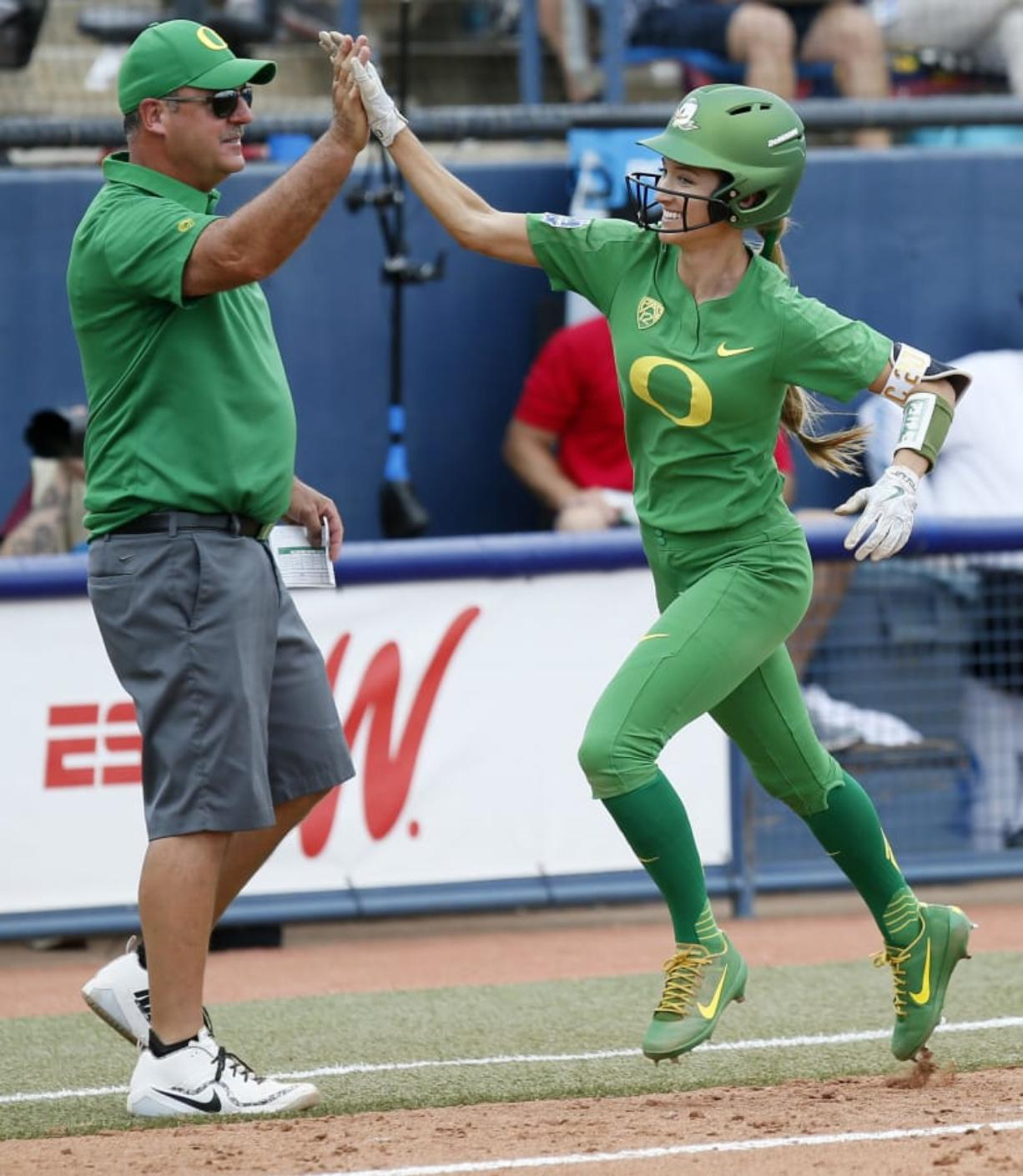 free shipping b36ab 226af Texas hires Oregon softball coach Mike White - Columbian.com