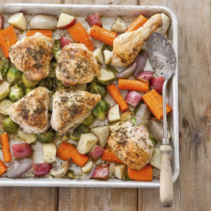 Roast Chicken And Vegetables Together Without A Soggy Mess