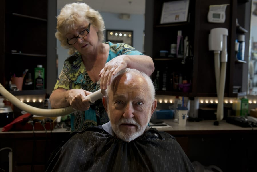 Longtime Vancouver Barbers Ready For The Final Cut The Columbian