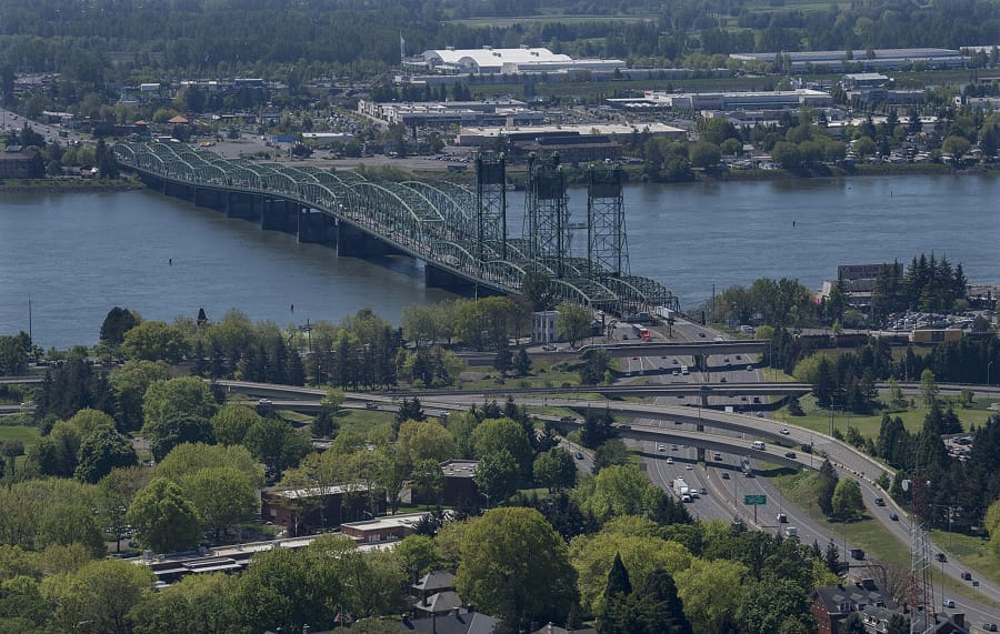 Summit sounds alarm on I-5 Bridge, traffic congestion - Columbian com