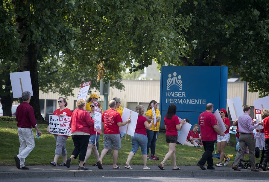 Health Professionals Picket Kaiser Permanente In Vancouver The